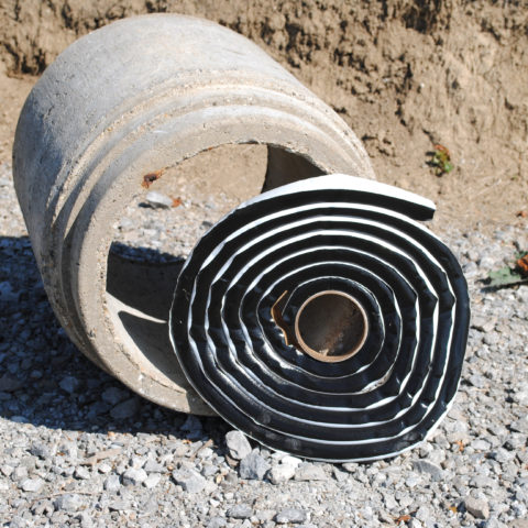 Concrete pipe joint filler